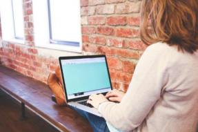苹果提供免费咨询,以帮助教师充分利用在线学习